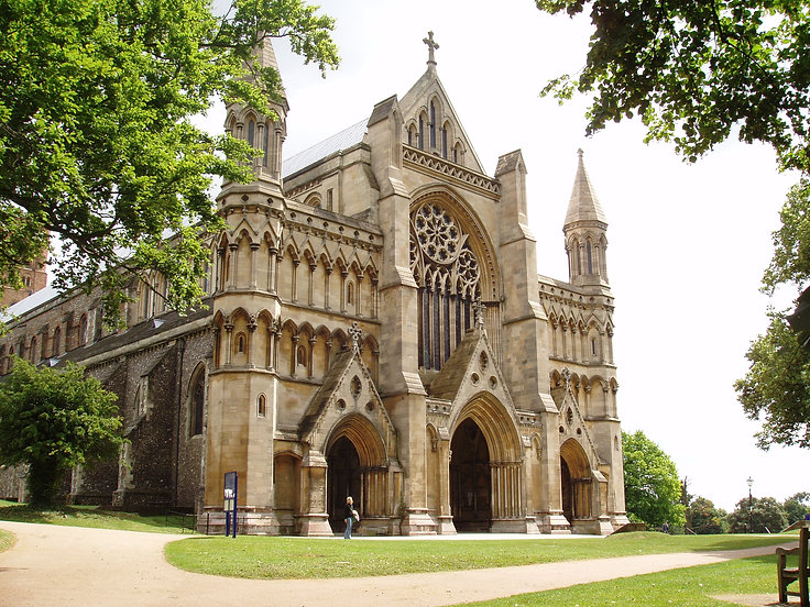 St_Albans_Cathedral_06.jpeg