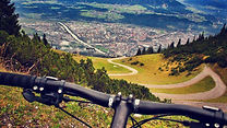 mountain-biking-1268276_1920.jpg