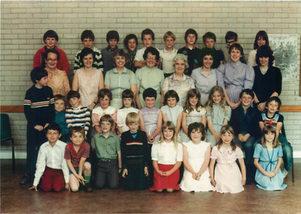 SS teachers and children.jpg