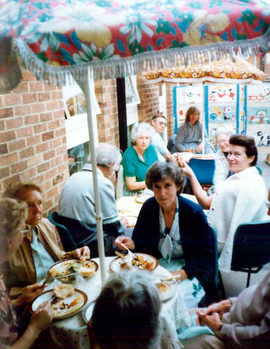 BBQ where Wollaton Road is, 1990.jpg