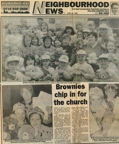 Brwonies cutting 1995.jpg