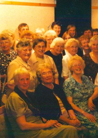 2001 Carousel singers 10th Anniversary.j
