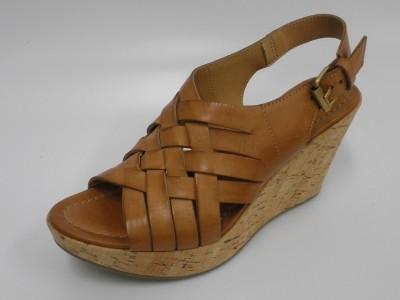 ワシントン靴店より発信するEssay(エッセイ)で取り扱いのあるFabio Rusconi(ファビオ ルスコーニ)のウエッジサンダル