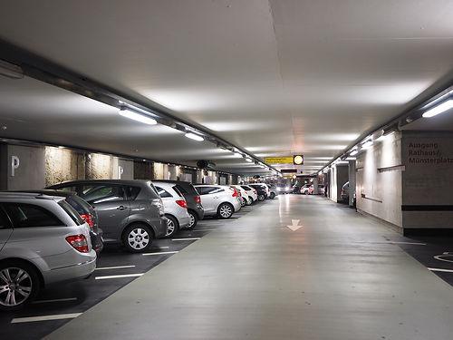 multi-storey-car-park-1271919_1920.jpg