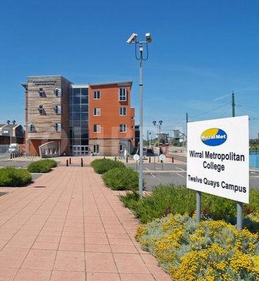 Wirral_Metropolitan_College.jpeg_edited.jpg