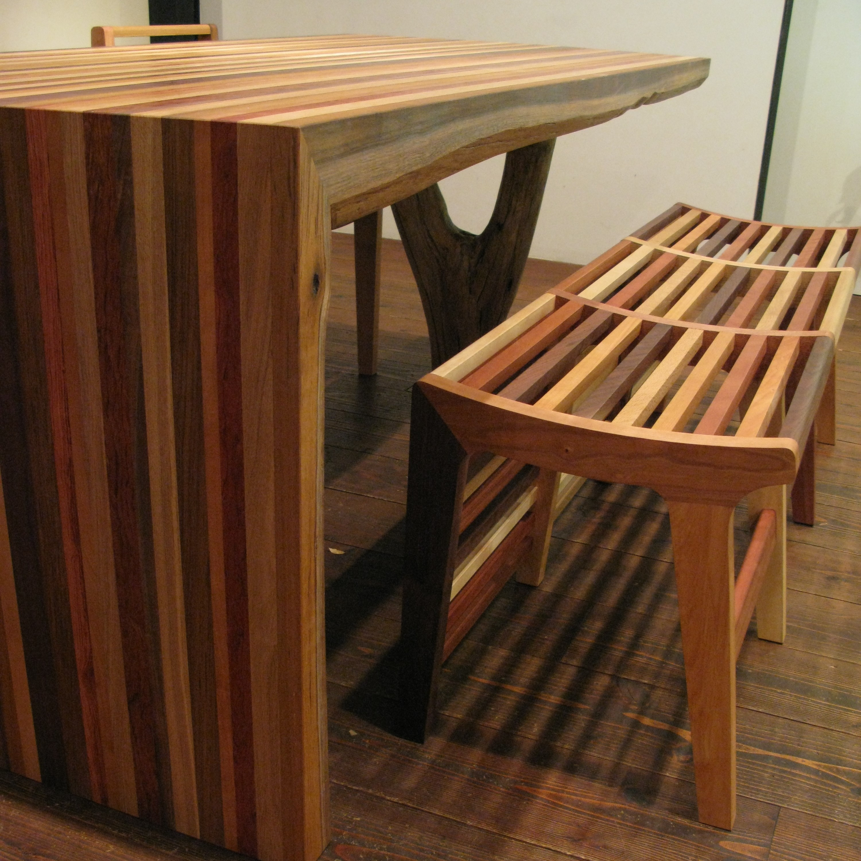 LOUVER LINE BENCH & K TABLE / wedge