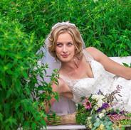 Simple natural bride
