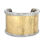 Gold cuff with diamond branches