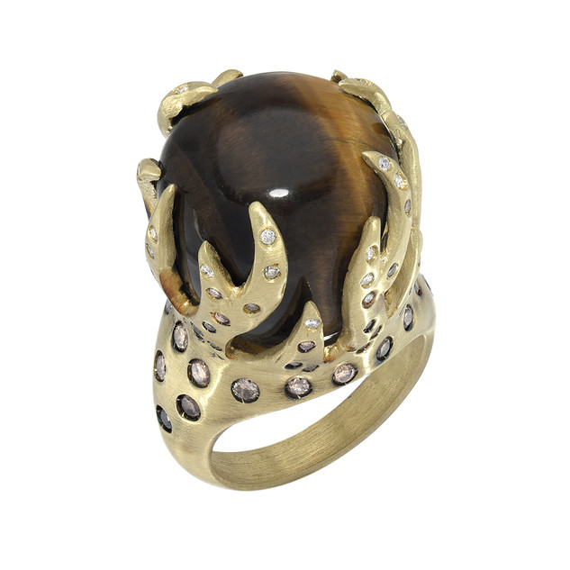 Crown ring, Tiger's eye, Ombre diamonds