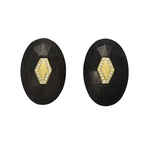 Faceted Buttons