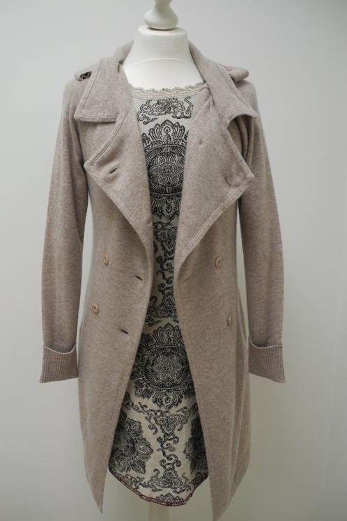 not shy the hottest cashmere Cardigan beige