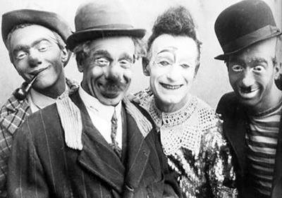 Les Dario-Bario (Nello à direita) (c.1940)