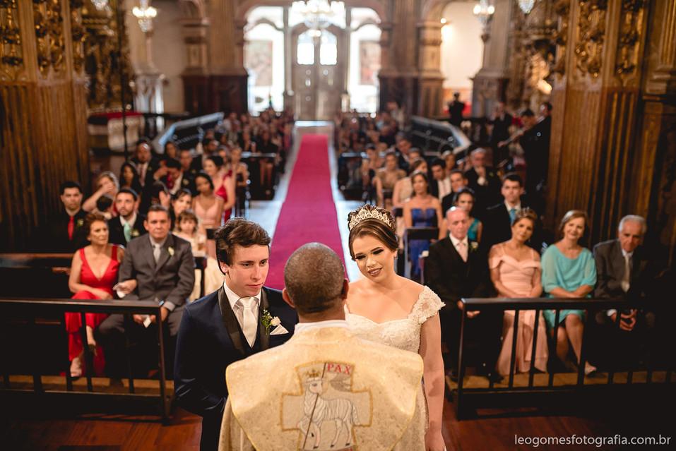 Casamento-em-ouro-preto-Mariana-0075-450