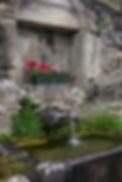 Notre vallée ne manque pas d'eau comme le montre cette fo,ntaine à proximité du gite d'étape et de séjour la Soulan