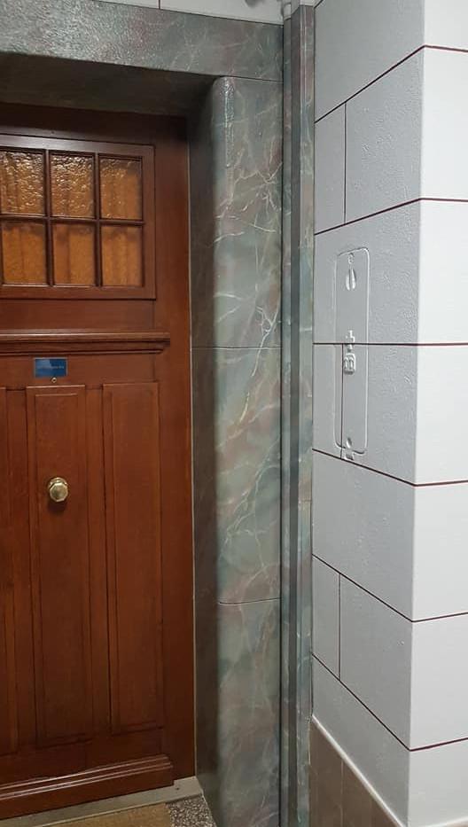 Restauration faux-marbres et filets Genè