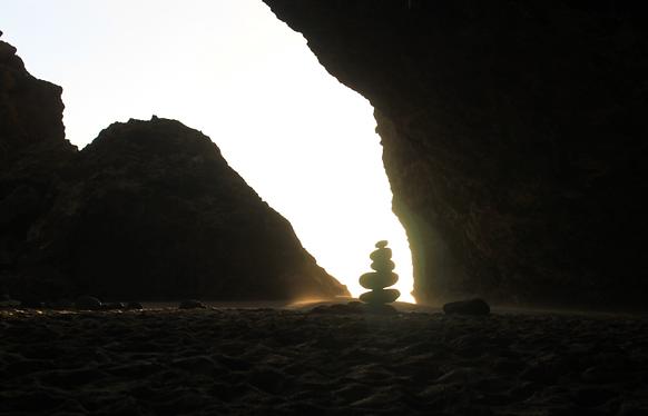 Kalalau cave.png