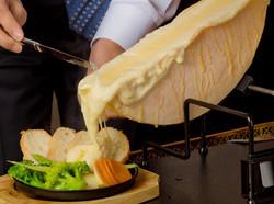本格チーズラクレット