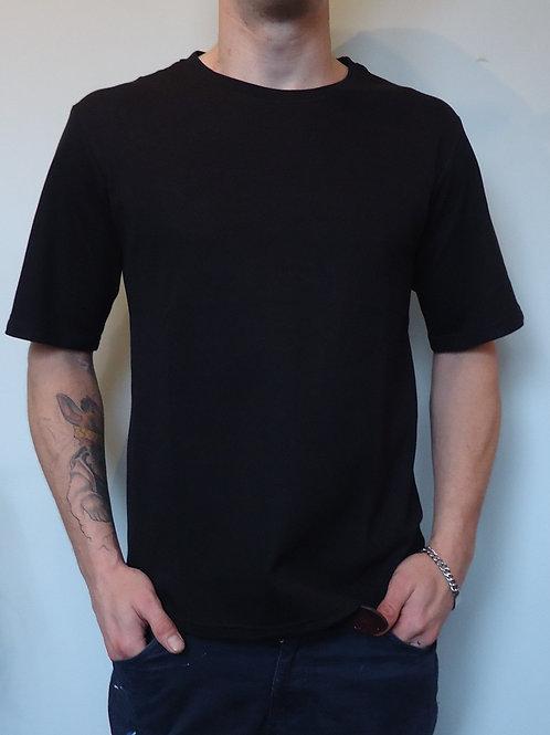 EMF protection Short-Sleeved T-shirt: Unisex Black