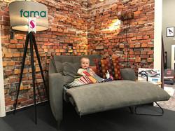 FAMA_Avalon-Sessel-Ausstellung-1_stiegle