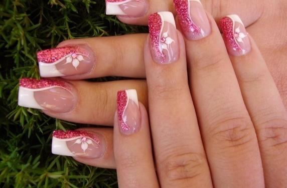 MANICURE , PLASTIC NAILS , GEL