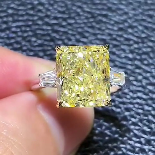 (Ask Price) GIA Yellow Diamond Ring 7.14ct