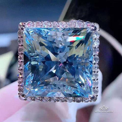Aquamarine Ring 33.9ct