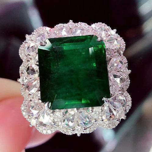 Vivid Green Emerad Ring 5.71ct