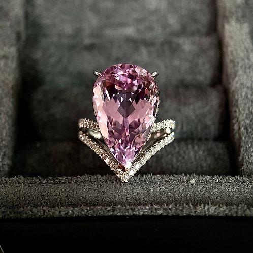 Custom-made Kunzite Ring 15ct