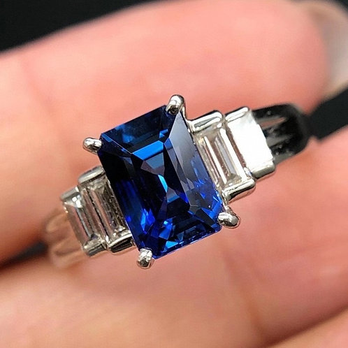 Unheated Royal Sapphire Ring 2.015ct