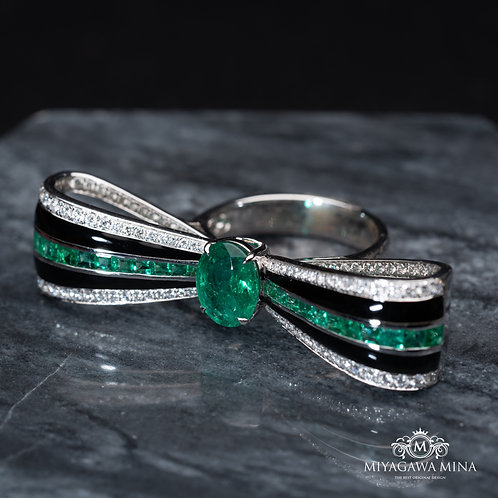 Butterfly Shaped Emerald Ring 3.50ct