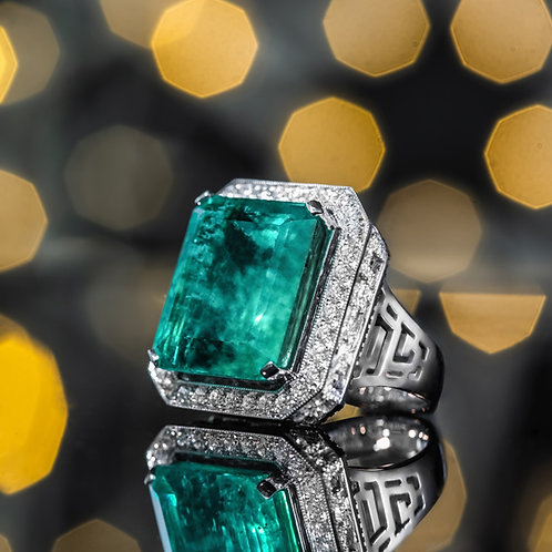 Colombia Emerald Ring 22.98ct