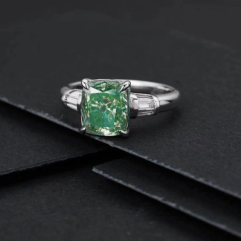 Fancy Green Diamond Ring 3.010ct