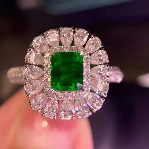 Colombian Emerald Ring 0.6ct