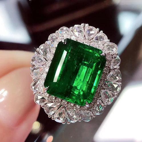 Vivid Green Emerald Ring 7.6ct