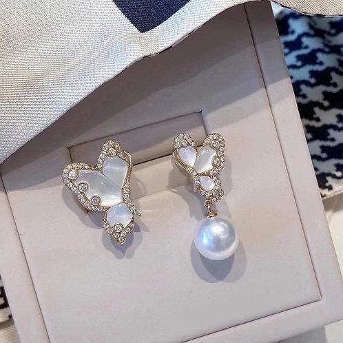 Butterfly Pearl Earrings 9-10mm