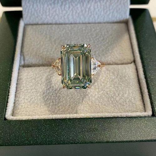 (Ask Price) GIA Green Diamond 10ct