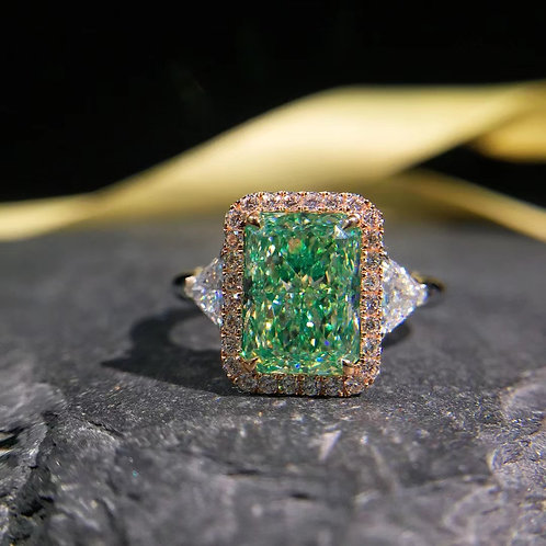 (Ask Price) GIA Green Diamond 3.03ct