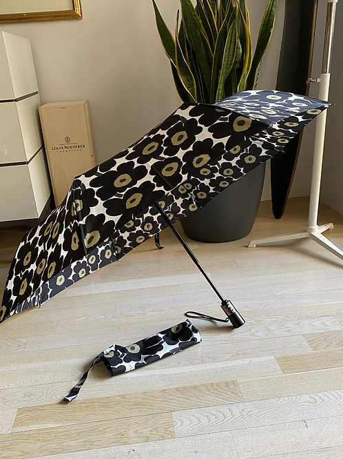 Marimekko Collapsable Manual Umbrella