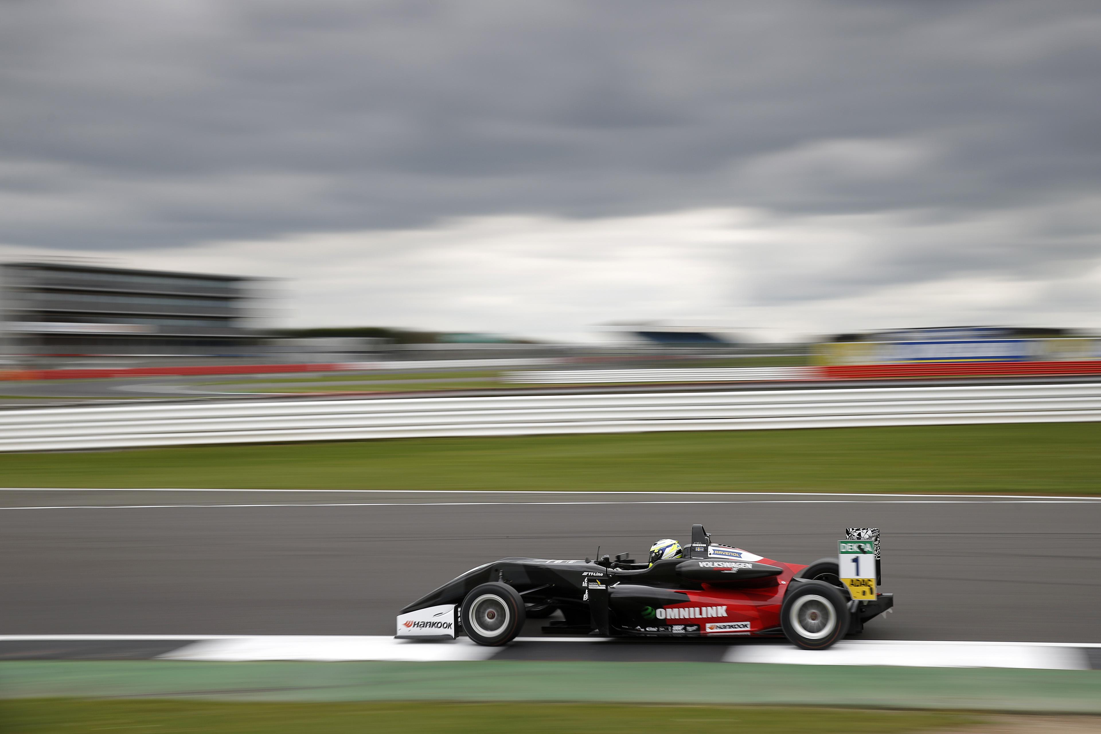 2017-FIA-F3-01-Suer-0274