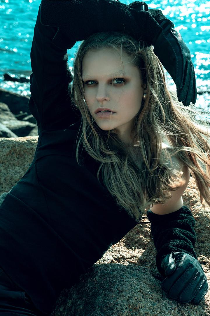 PHOTO & STYLING // CARINA YAU  HAIR // DANIELLE ABBOTTS  MAKEUP // ANDREA LENGYELOVA  MODEL // KATERINA SA @ QUEST