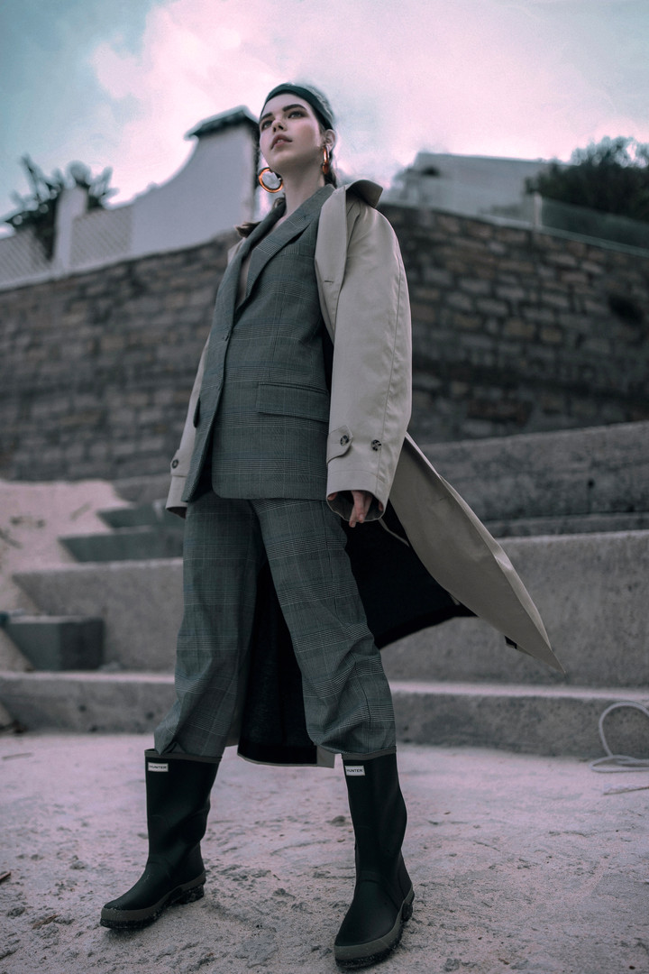 PHOTO & STYLING // CARINA YAU  HAIR // DANIELLE ABBOTTS  MAKEUP // JAIME SMITH  MODEL // GABRIELA C @ QUEST