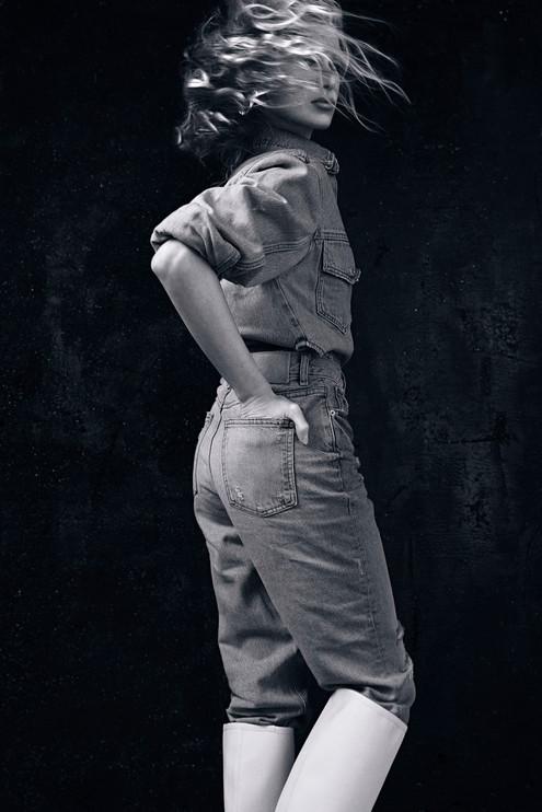 PHOTO + STYLING// CARINA YAU  HAIR// @SING__428  MAKEUP// @SMUDGEMAKEUPARTISTRY  MODEL// @MARINANIKI02