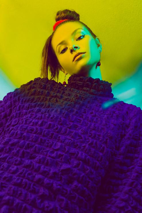 PHOTO // CARINA YAU  STYLING // OCEANE CUSTOS  MODEL // GISELA @ ELEGANCE
