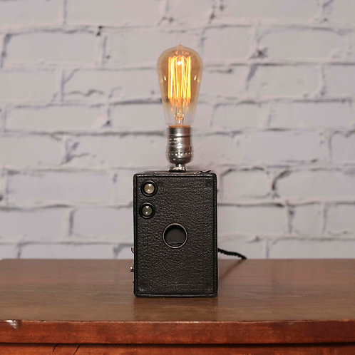 ANSCO Box Camera Touch Lamp that Dims