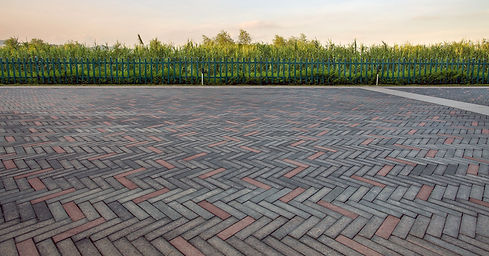 Brick-Pavers-Driveways.jpg