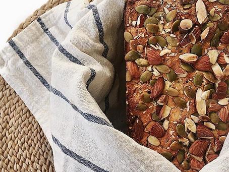 Glutenfritt bröd med pumpakärnor och mandlar