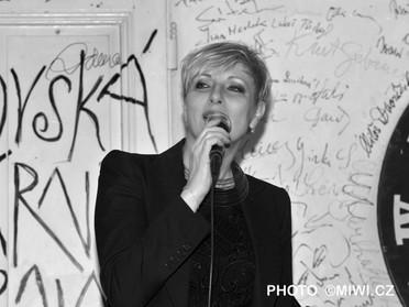 Renata Drössler SALMOVSKÁ LITERÁNÍ KAVÁRNA foto L. Hýblová (13).JPG
