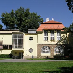 Stavební úpravy a fasáda Slováckého muze