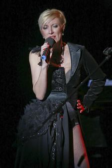 Renata Drössler(30).jpg