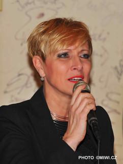 Renata Drössler SALMOVSKÁ LITERÁNÍ KAVÁRNA foto L. Hýblová (19).JPG